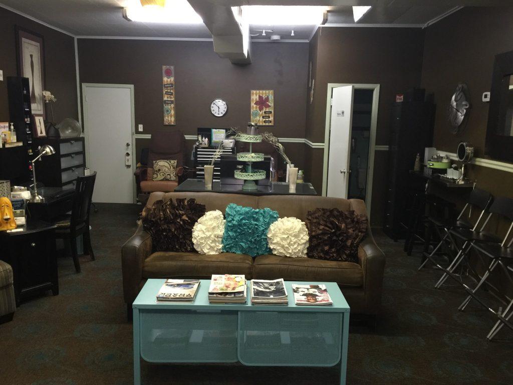 Swanky Salon